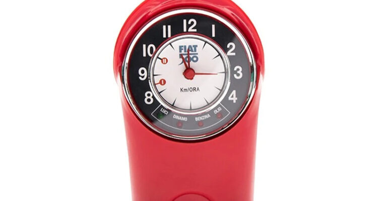 Table clock classic Fiat 500 F red